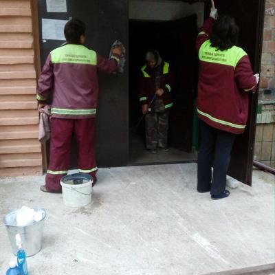 У рамках проведення заходів «чистий четвер» було перевірено якість наданих послуг з комплексного прибирання